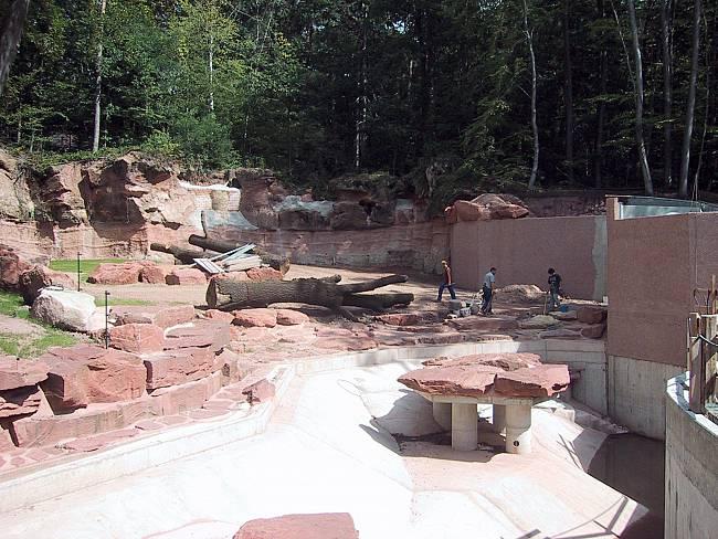 Eisbärenanlage in der Endbauphase
