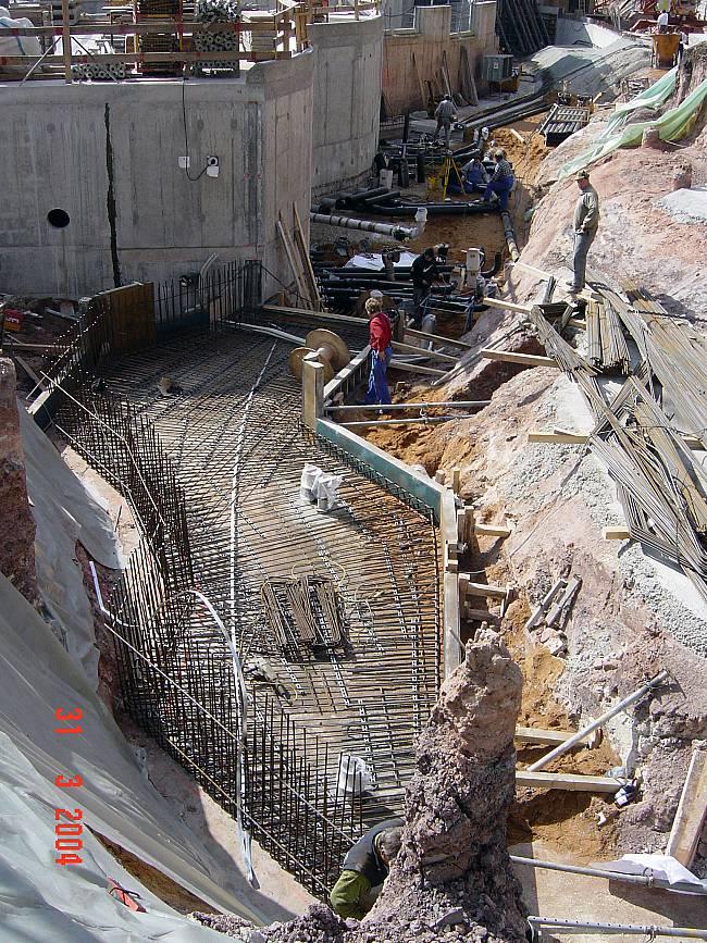 Eisbärenanlage während der Bauphase