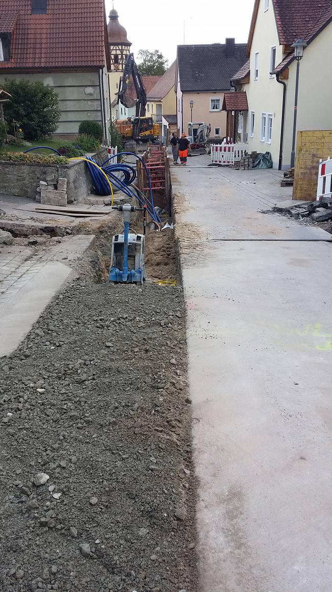 Straßenarbeiten Leitungsverlegung Wiedersbach